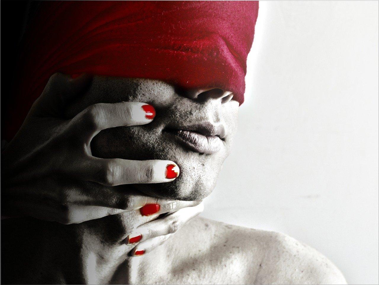 Dating femeie care vaneaza fete care cauta barbat din ghindești