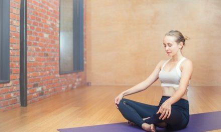 Yoga pentru durerile de spate  Foto/Video